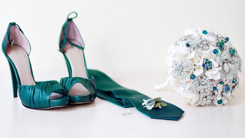 53fc12294b97498bb231715ae2a9abed - ۱۰ ایده برای استفاده از رنگ آبی کله غازی در عروسی