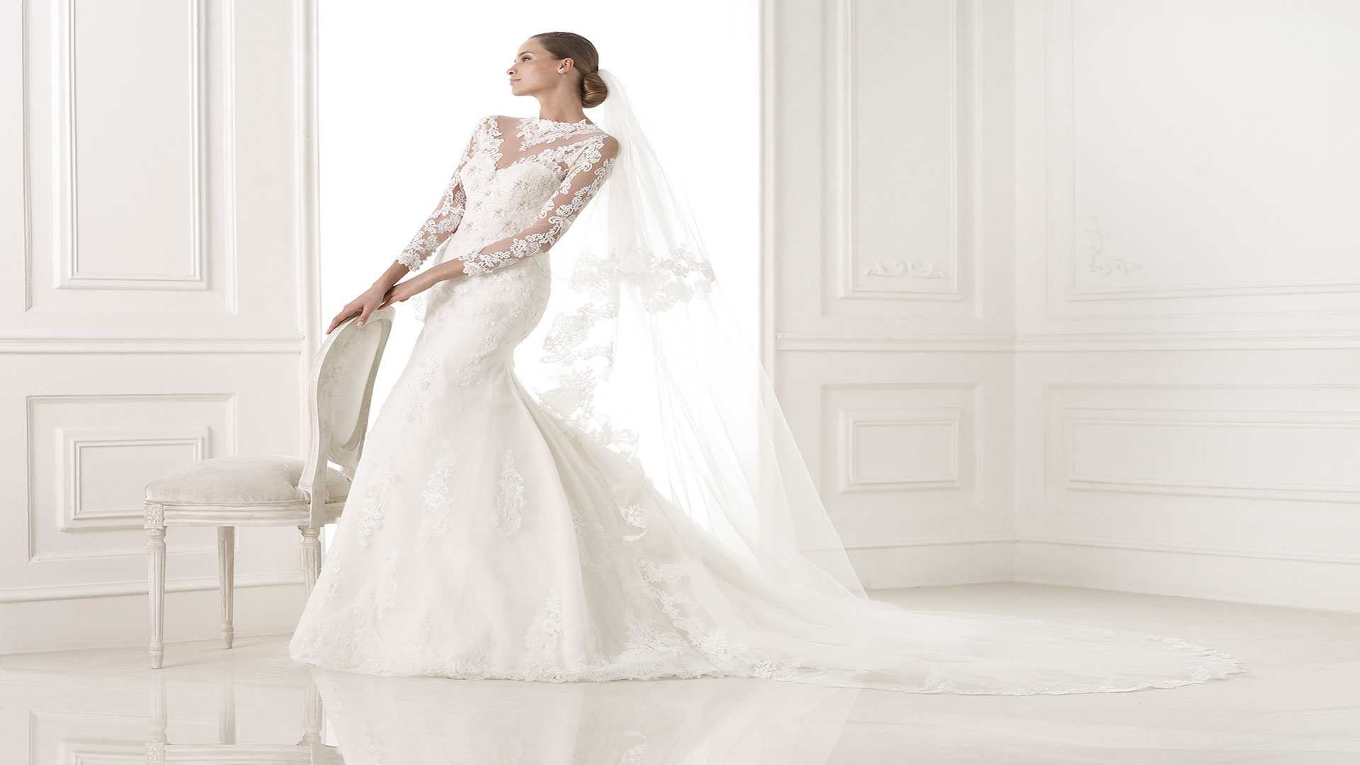 805795792c6446b4ad870ed7f07b4012 - نکات مهمی که باید برای مدل آرایش عروس خود در نظر بگیرید