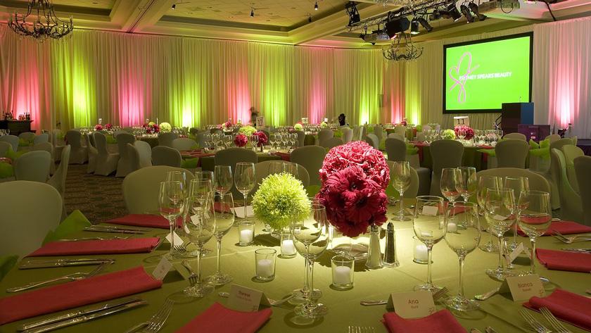 9467f4662b6d4703a11d6fb9516694ee - راههای کم کردن تعداد مهمانان عروسی