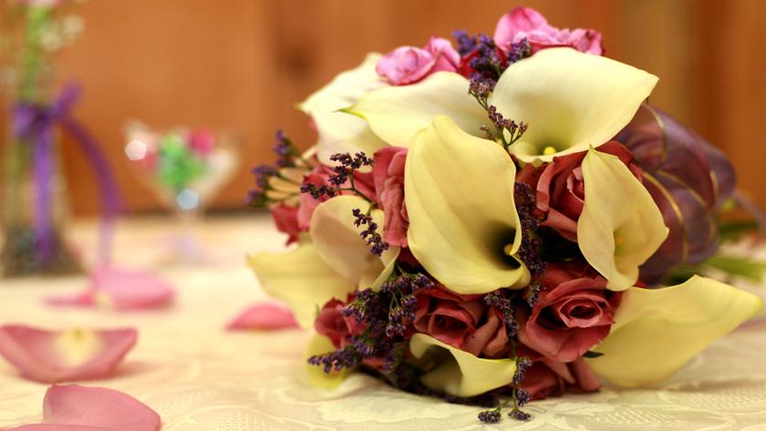 b4581e0882dc4e8a87c049d180442782 - پنج ترفند برای پیدا کردن دسته گل عروسی مناسب