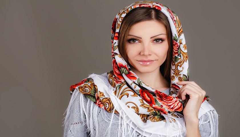 cb91ae43b20746369516ce5dc5d2e01c - نکات مهمی که باید برای مدل آرایش عروس خود در نظر بگیرید